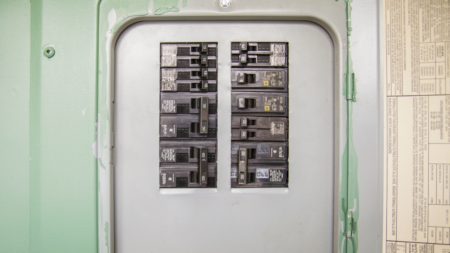 Home Electrical Problems what are the signs of home electrical problems? bradshaw electric home fuse box problems at n-0.co